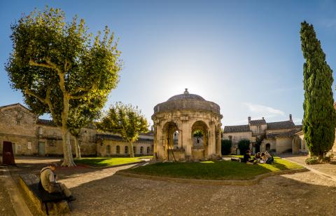 cloitre-saint-jean - photo Alex Nollet