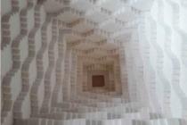 Sweet pyramid (détail), 2018 et Unlimited Space wallpaper 4 (détail), 2018 © Émilie Losch